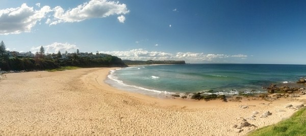 Warriewood Beach by Nigel Howe